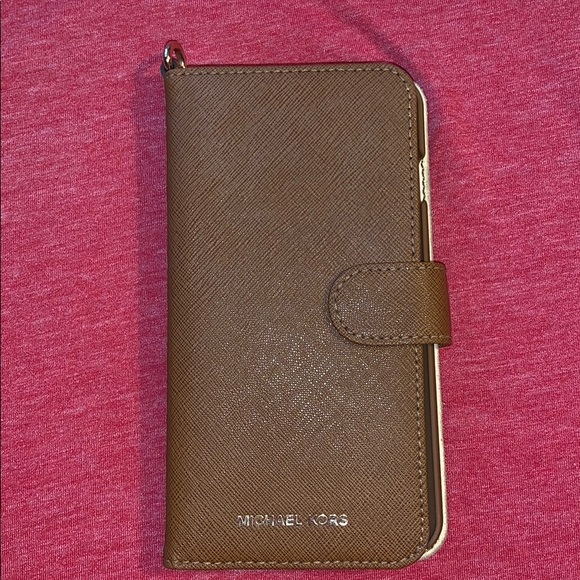 a4896e0f359e Michael Kors Accessories | Iphone 678 Plus Phone Wallet | Poshmark